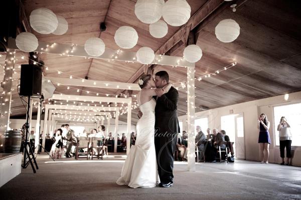 Erica Amp Nick Smokey Glen Farm Wedding Mixing Maryland